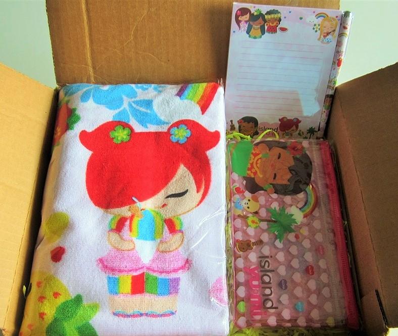 """beach/keiki (kids)"" - box 8"
