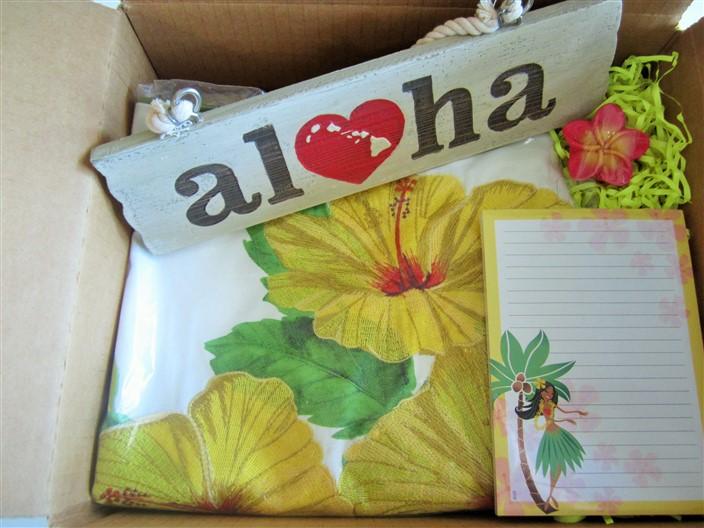 "island home (""hibiscus - yellow"")"